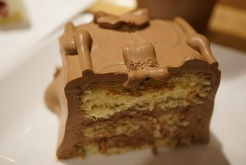 【王子】トップスキーズカフェ王子サンスクエア店【全国に6店舗だけ!トップスのチョコレートケーキが食べれるキーズカフェ】