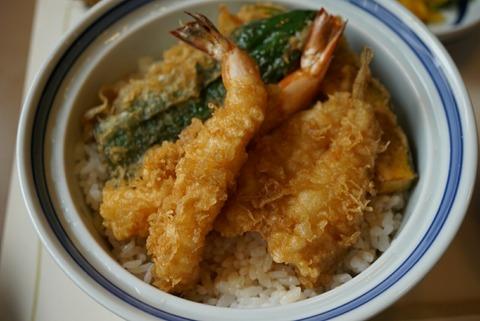 【新宿】船橋屋 本店【高級ごま油で揚げられた天ぷらはどれも絶品!平日ランチがコスパ最高でオススメです!】