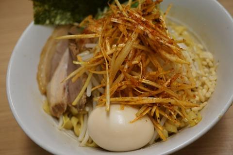 【新高円寺】あいはらや【濃厚な豚骨スープが評判のお店で乱切り麺のまぜそば】