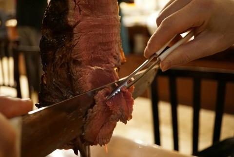 【新橋】バッカーナ 銀座【シュラスコ食べ放題のランチが2500円!柔らかくてジューシーな牛肉が沢山食べれちゃう】