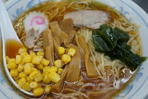 【西新井】西新井ラーメン【駅のホームで立ち食いラーメン!?食べログで話題の人気店!】