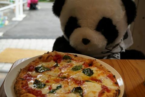 【若松河田】アグロピッツェリア ダ パンダ【パンダの石窯で焼くピザはパンダ好きじゃない人にもオススメの本格派】