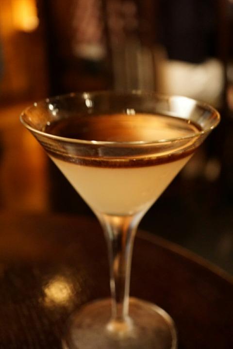 【五反田】トゥジュール デビュテ【隠れ家bar的なコーヒー専門店。お洒落な雰囲気でデートにぴったり♪】