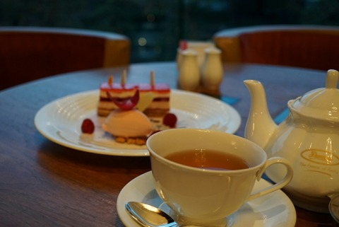 【四ッ谷・赤坂】ガーデンラウンジ ホテルニューオータニ【スイーツビュッフェが人気のラウンジでティータイム】