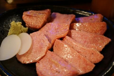 【高円寺】焼肉食道 かぶり 高円寺アパッチ店【ランチメニューが17時まで!1人焼肉大歓迎の焼肉店は肉に拘っていた!】