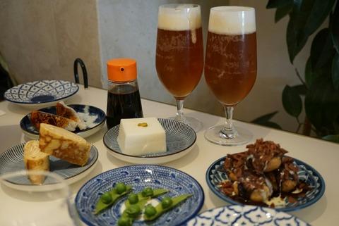 【表参道】DOMINIQUE ANSEL BAKERY at OMOTESANDO【原宿の人気カフェで居酒屋アフタヌーンティー!ビールみたいなピーチティーで乾杯♪】