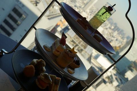 【新宿】スカイラウンジオーロラ【5】【京王プラザホテルのクリスマスアフタヌーンティー】