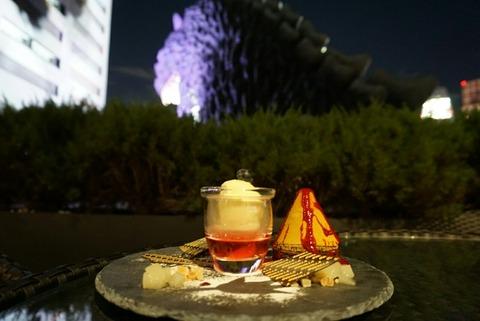 【新宿】ボン ジュール ホテルグレイスリー新宿店【ゴジラヘッド間近で見ながらゴジラケーキが食べれるお店♪】