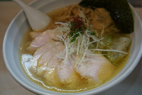 【桜台】美志満【トロトロ鶏チャーシューがたまらない!こだわりの塩ダレで作られたスープも絶品!】