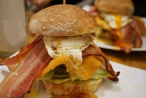 【東十条】ポークストック【ランチハンバーガーが600円から!?セットが付けれるサラダがお洒落でインスタ映え抜群!】