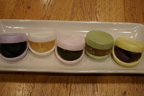 【大師前】西新井大師 もなかカフェ まめつばき【インスタ映え!マカロンみたいに可愛い最中が食べれるカフェ】