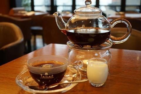 【表参道】サロン ド テ ジャンナッツ【フランスの紅茶ブランド『JANAT(ジャンナッツ)』のティールームがおすすめ!】
