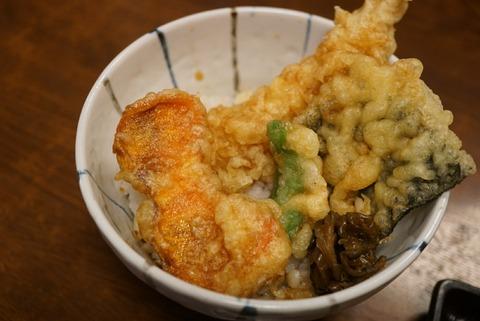 【高尾山】高橋家【食べログ高評価!干し柿の天ぷらが食べれるお蕎麦屋さん】