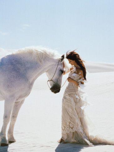 HORSE 316 女性 白馬