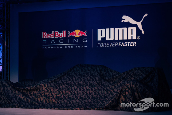 レッドブルの2016年F1マシンRB12は2月22日バルセロナF1テストで登場する