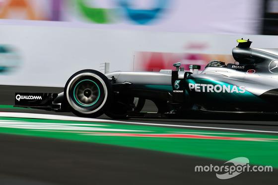 ルイス・ハミルトン(メルセデス)、ピレリF1ミディアム・タイヤ、2016年F1メキシコGP