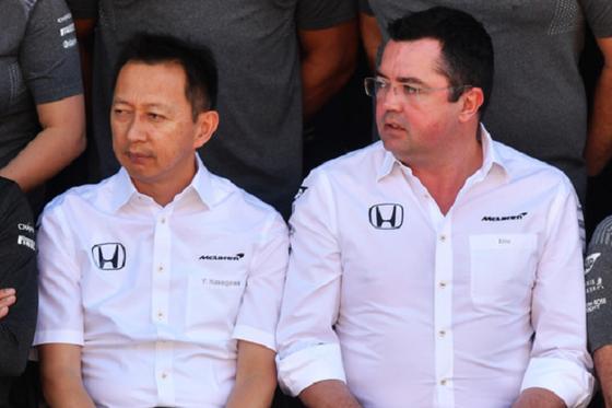 長谷川祐介(ホンダF1プロジェクト総責任者)、エリック・ブイユ(マクラーレン・ホンダF1チーム代表):2017年F1ブラジルGP