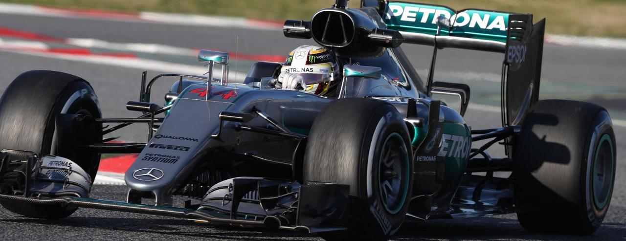 F1 2016 3 4 f1 for Garage mercedes 94