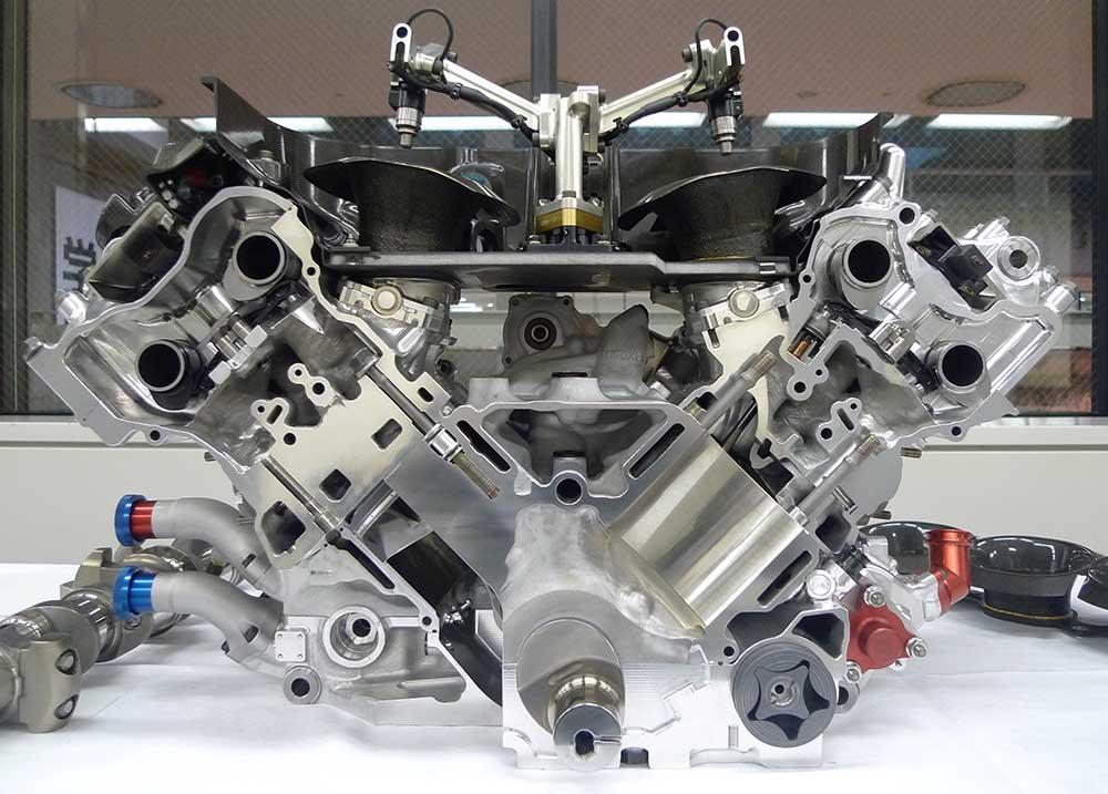 ホンダ、F1のV8エンジンを公開 2 : F1通信