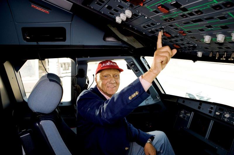 Jet Privato Niki Lauda : ニキ・ラウダ、ハミルトンに「愛犬と恋人」の付き合い方をアドバイスしていた f 通信