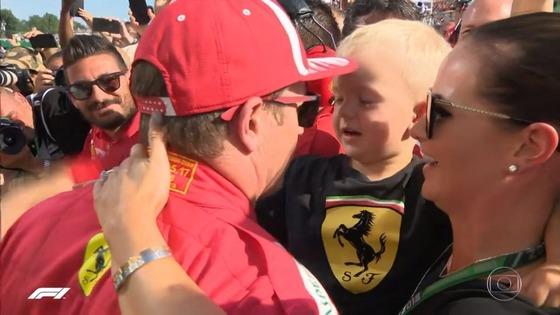 キミ・ライコネン、息子ロビン・ライコネン、妻ミント・ライコネン(ミント・ビルタネン):2018年F1ハンガリーGP