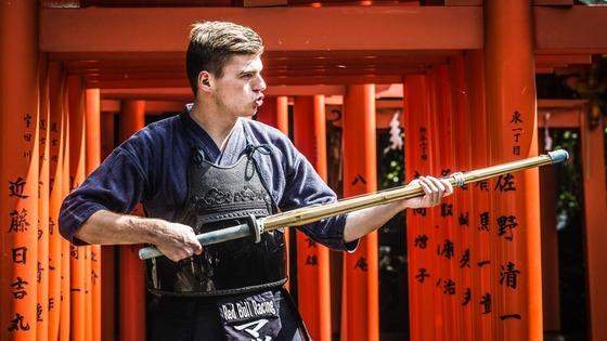 マックス・フェルスタッペン、剣道を体験:F1日本GP