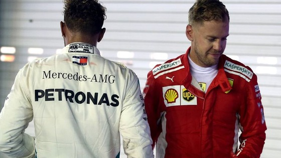 ルイス・ハミルトンとセバスチャン・ベッテル、レース後に握手をして別れる:2018年F1シンガポールGP