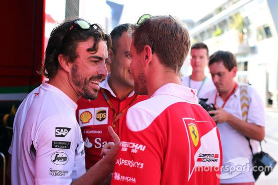 フェルナンド・アロンソ(マクラーレン・ホンダ)とセバスチャン・ベッテル(フェラーリ): F1ハンガリーGP