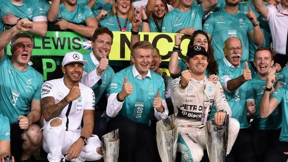 ルイス・ハミルトン、ニコ・ロズベルグ(メルセデス)、2015年F1アブダビGP