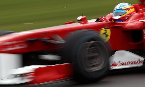 フェラーリ、マルボロ批判を受け...