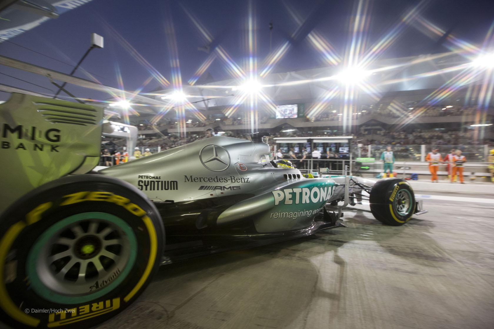 ルイス・ハミルトン: F1アブダ...