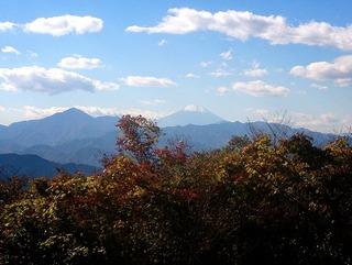 青空と雲と富士