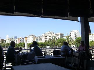 バルセロナ港。