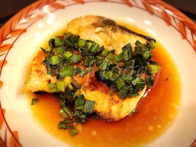 焼き鮭のニラソース