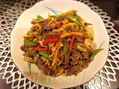 牛肉とカラーピーマンの中華炒め