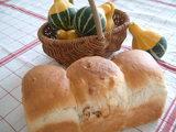 くるみとチーズのパン