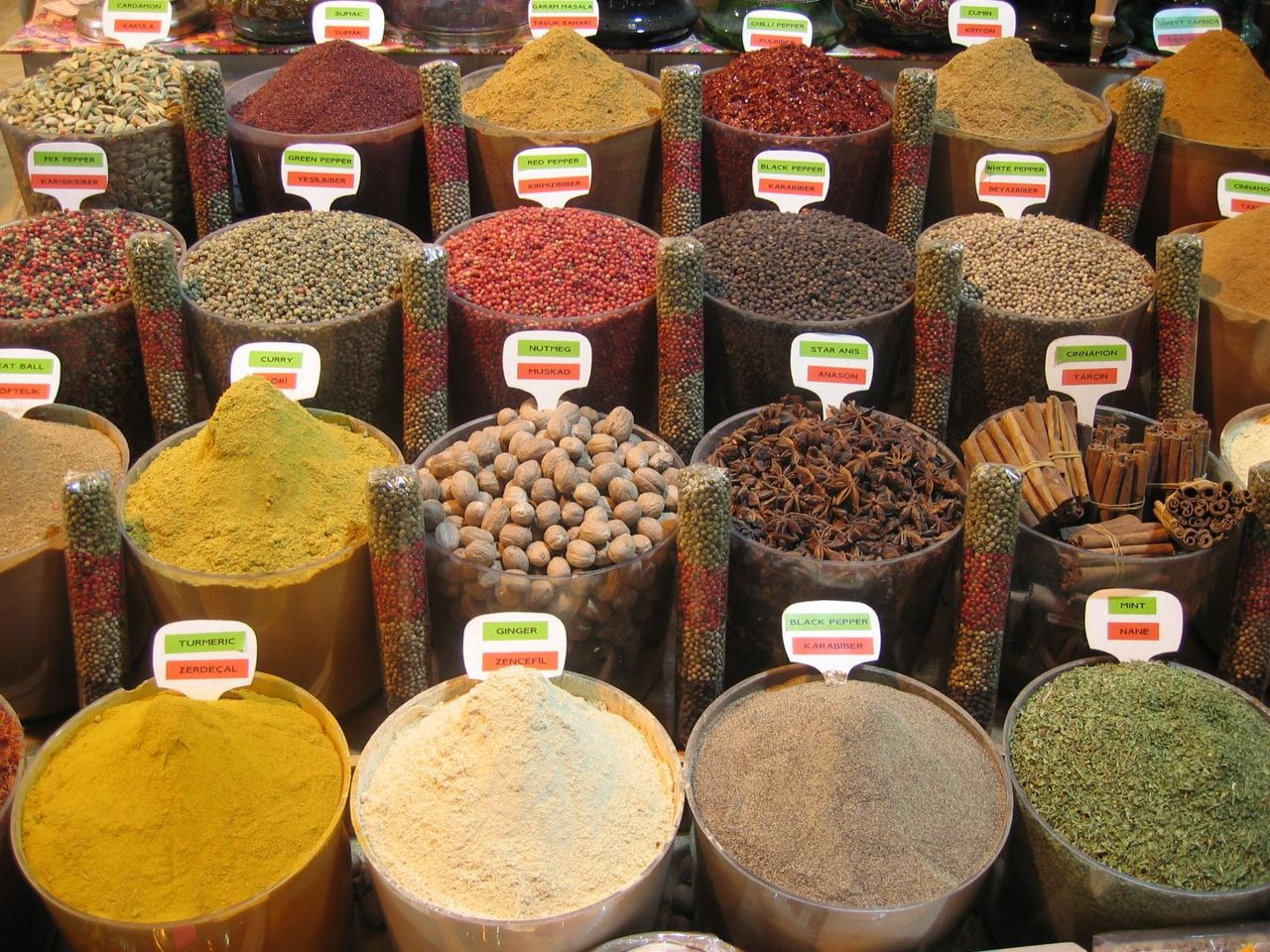 Spices_22078028