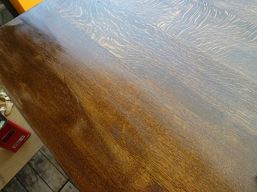 テーブル塗り替え 4
