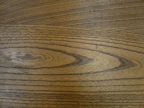 Y邸ケヤキのテーブル 木目2