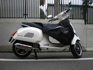 べスパ GTS300ie ワンオフマフラー