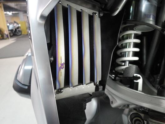 BMW R1200GS LC ラジエターコアガード