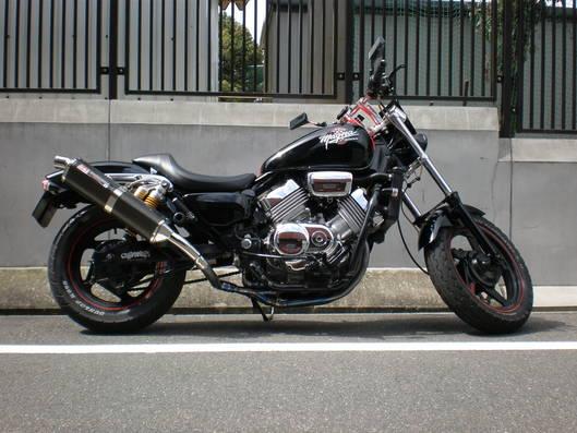 ホンダ マグナ750