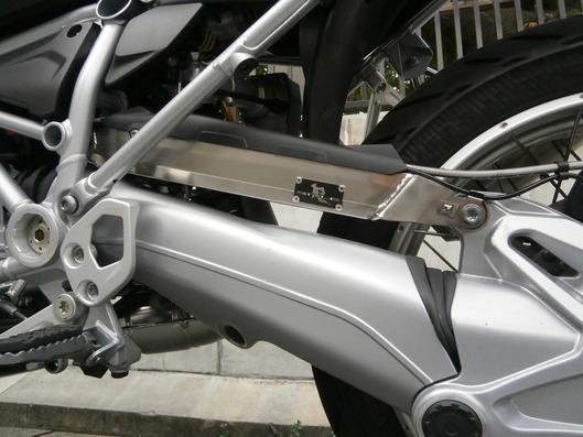 BMW R1200GS ソリッドチタン ローダウントルクロッド