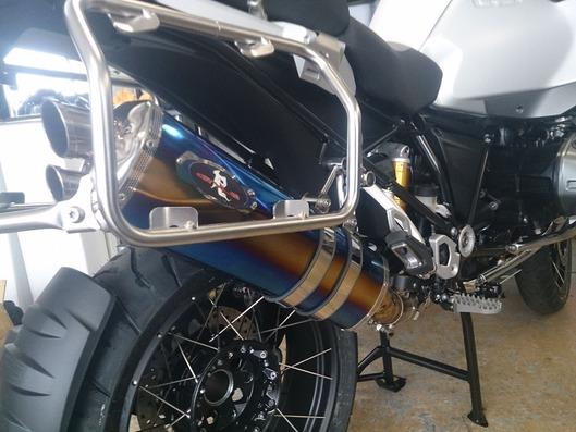 BMW R1200GS ADV スリップオンマフラー