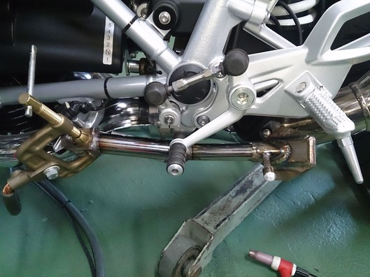 RnineT Racer サイドスタンド製作