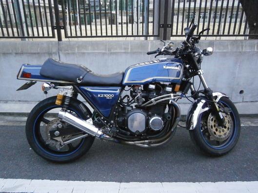 Kawasaki KZ1000 Mk2 ワンオフマフラー
