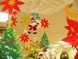 スーパーはすっかりクリスマス