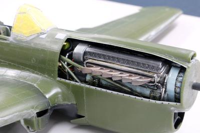 液冷エンジン