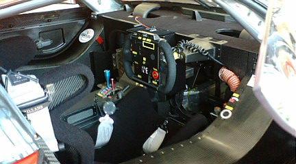 F1000009