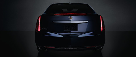 2013-xts-sedan-exterior-taillamps-mm-gal-1-960x400-14